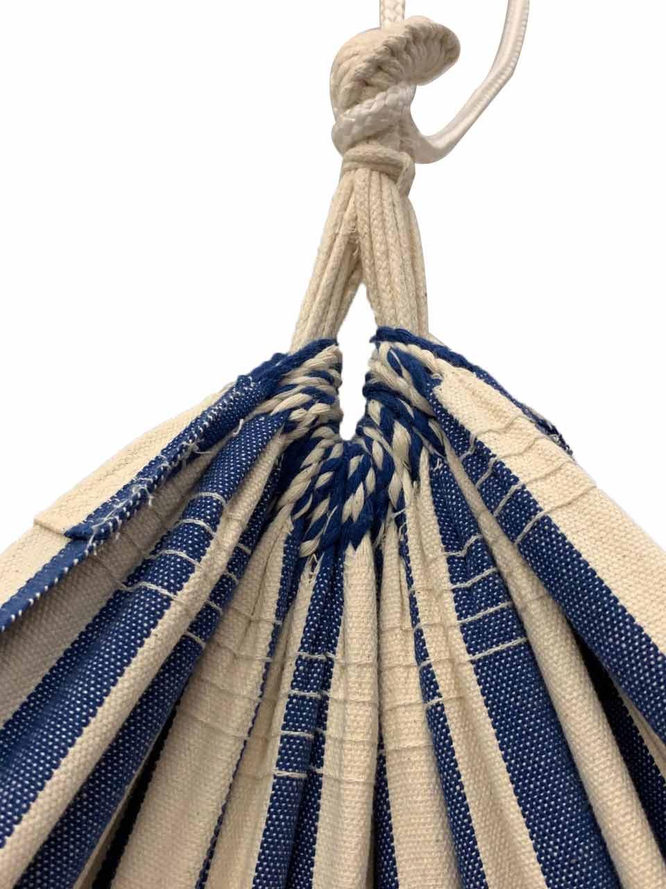 Forkortet ophæng gør hængekøje til lille altan muligt