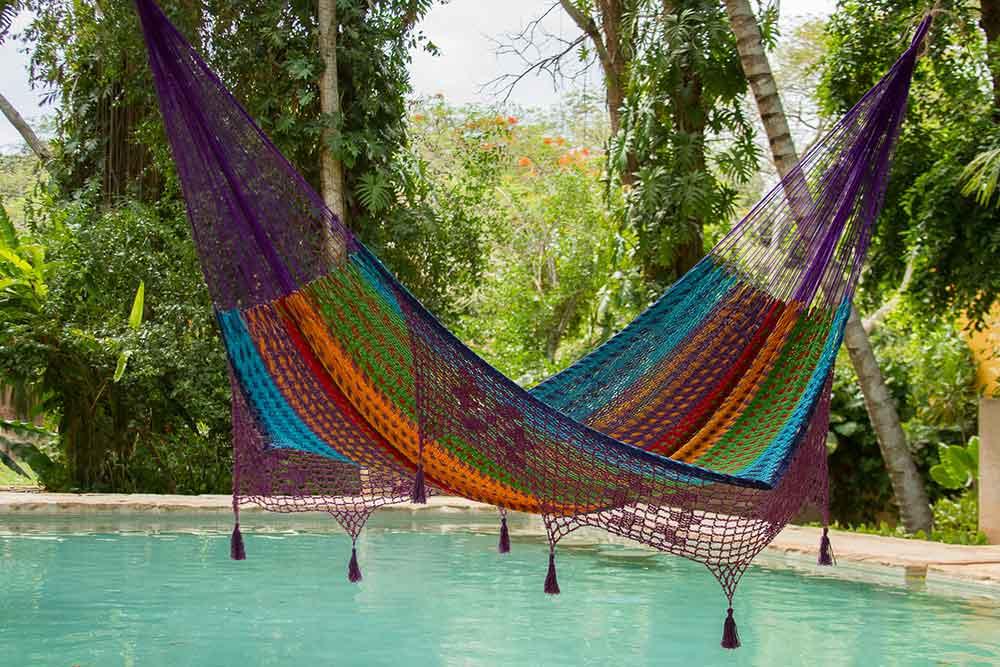 Swimmingpool hængekøje. Kreative måder at bruge en hængekøje på.