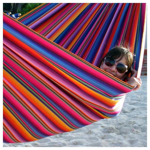 Ude hængekøje INDIGO til Haven. Udelivs Formosa Grande Hængekøje i super farverigt design.
